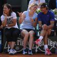 Li Na, Kim Clijsters et Rafael Nadal le 24 mai 2012 à Roland Garros lors d'un essai pour les nouvelles raquettes intelligentes signées Babolat