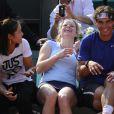 Li Na, Kim Clijsters et Rafael Nadal morts de rire le 24 mai 2012 à Roland Garros lors d'un essai pour les nouvelles raquettes intelligentes signées Babolat