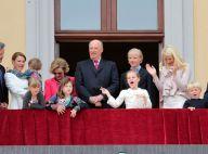 Harald et Sonja de Norvège: La famille royale réunie en choeur pour leurs 75 ans