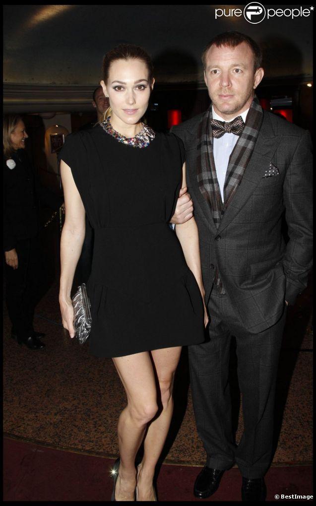 Guy Ritchie et sa compagne Jacqui Ainsley à Paris le 19 janvier 2012