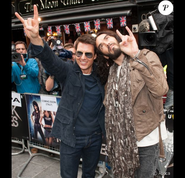 Tom Cruise et Russel Brand à l'avant-première de Rock Forever, le 10 juin 2012 à Londres.