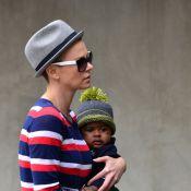 Charlize Theron et son petit Jackson : L'actrice s'est rasé la tête !