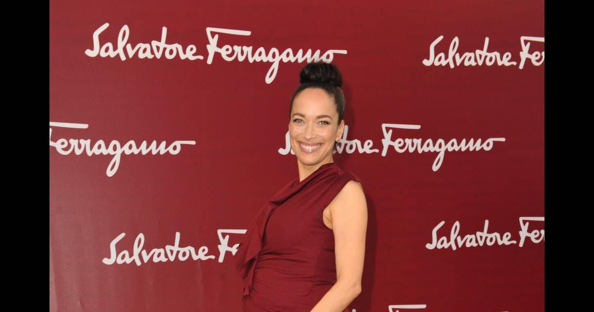 Carmen Chaplin enceinte assiste au défilé Croisière 2013 ...