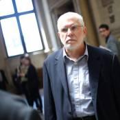 Bob Swaim : Son procès pour agression sexuelle... est encore renvoyé !