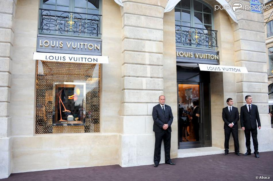 Louis Vuitton Paris Boutique