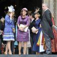 Les princesses Beatrice et Eugenie d'York avec leur père le prince Andrew le 5 juin 2012 lors de la messe du jubilé de diamant d'Elizabeth II.