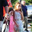 Suri et Katie Holmes ont profité du soleil à New York pour une belle balade après leur leçon de sport le 12 juillet 2012