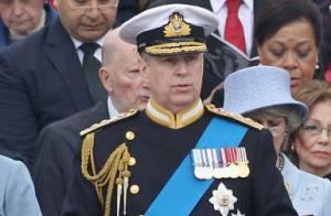 Le prince Andrew, comme Tom Cruise, face à l'une des plus hautes tour du monde