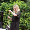 Kirsten Dunst, demoiselle d'honneur du mariage de sa meilleure amie, quitte désormais Santa Barbara le 15 juillet 2012