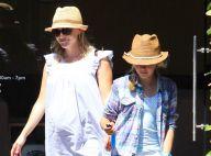 Reese Witherpsoon, enceinte et enfin détendue auprès de sa fille Ava, blessée