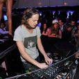 DJ Mosey, Pierre Sarkozy, très appliqué aux platines du VIP Room de Saint-Tropez