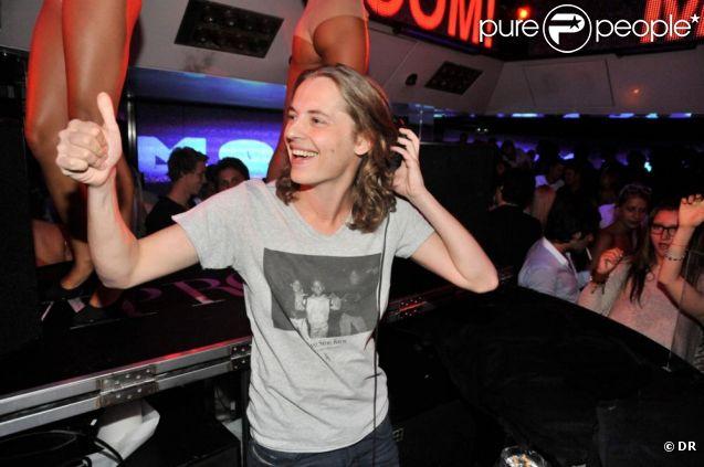 DJ Mosey, Pierre Sarkozy, aux platines du VIP Room de Saint-Tropez