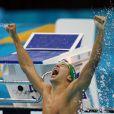 Chad le Clos, 20 ans, est devenu champion olympique du 200 m papillon à Londres le 31 juillet 2012, aux dépens de Michael Phelps.   La princesse Charlene de Monaco, le prince Albert à son côté, était intenable lors de la finale du 200 m papillon masculin aux Jeux olympiques de Londres, le 31 juillet 2012. Lorsque le Sud-Africain Chad le Clos, un de ses protégés, est devenu champion olympique en battant Michael Phelps, la princesse monégasque a explosé de joie, avant de toucher la médaille d'or avec gourmandise.