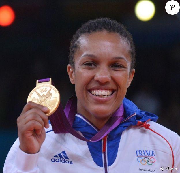 Lucie Decosse, tout sourire après être devenue championne olympique le 1er août 2012 à Londres