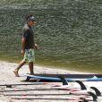 Ben Stiller fait du Stand up Paddle à Hawaï le 5 août 2012