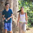 Jennifer Love Hewitt et Brian Hallisay ne se quittent plus. Ils font du sport du côté de Santa Monica le 7 août 2012