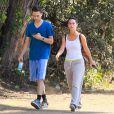 Belle journée pour Jennifer Love Hewitt et Brian Hallisay qui font du sport du côté de Santa Monica le 7 août 2012