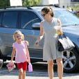 Jennifer Garner emmène Violet à son cours de gymnastique à Los Angeles, le 8 août 2012