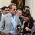 Arnold Schwarzenegger avec sa fille Katherine à Paris le 9 août 2012