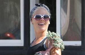 Pink : Journée fleurie avec l'adorable Willow qui part à la découverte du sable