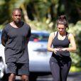 Kim Kardashian et son chéri Kanye West font leur jogging à Los Angeles le 10 août 2012