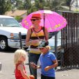 """""""Gwen Stefani sur la plage de New Port Beach avec ses fils le 11 août 2012"""""""