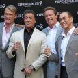 Dolph Lundgren, Sylvester Stallone, Arnold Schwarzenegger et Jean-Claude Van Damme à Paris le 10 août 2012 pour la promotion du film Expendables 2