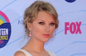 Taylor Swift et Conor Kennedy : Balade au bord de l'eau, câlins et tendre baiser