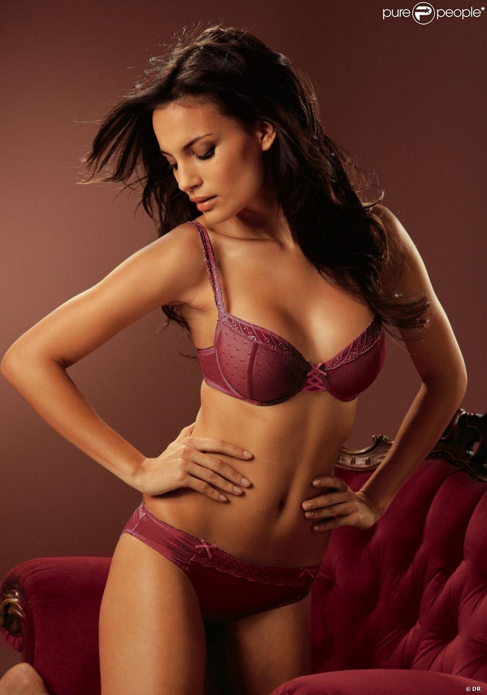 Santana Shalana Otto La Purepeople Sexy Pour Lingerie Nnv0w8m