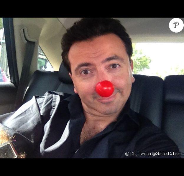 Gérald Dahan s'est présenté muni d'un nez rouge de clown à sa convocation par la police le 28 août 2012 suite à une plainte de Nadine Morano après avoir été piégée par l'humoriste
