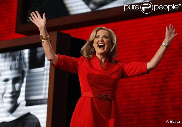 Ann Romney a délivré un vibrant discours sur son mari Mitt Romney, candidat républicain à l'élection présidentielle américaine lors de la convention du parti à Tampa en Floride le 28 août 2012