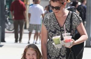 Alyson Hannigan : En pleine session shopping avec sa fille Satyana