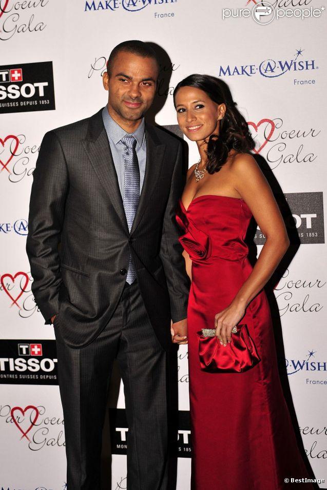 Tony Parker et sa compagne Axelle lors du Par Coeur Gala à l'Abbaye de Collonges à Lyon le 20 septembre 2012