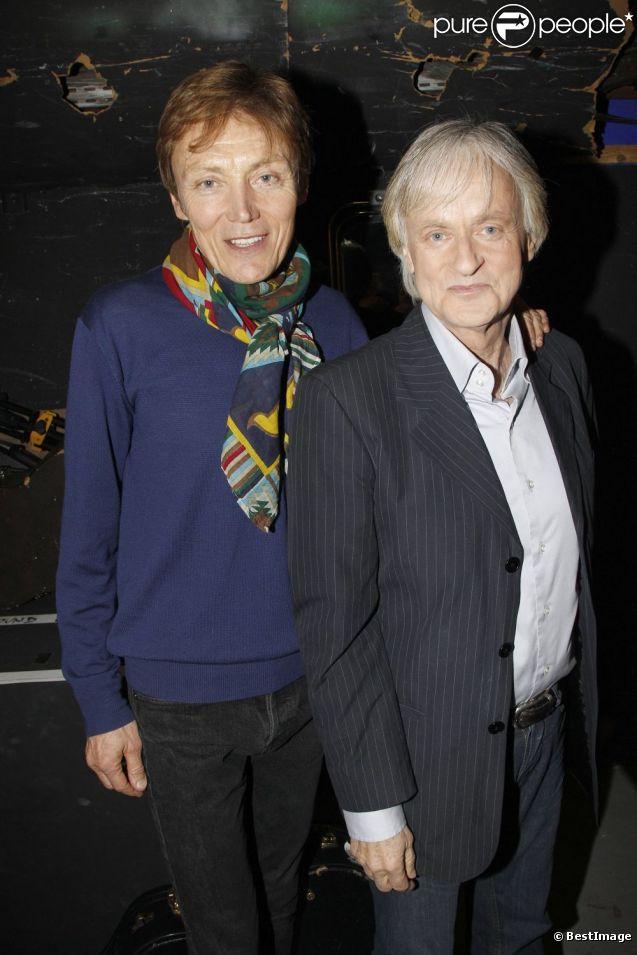 Dave et son compagnon Patrick Loiseau à Paris, le 22 février 2012.