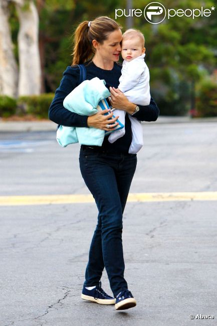 Jennifer Garner et son adorable garçon Samuel, à Los Angeles, le 22 septembre 2012