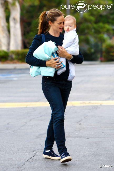Jennifer Garner et son adorable garçon Samuel, à Los Angeles, le 22 septembre 2012