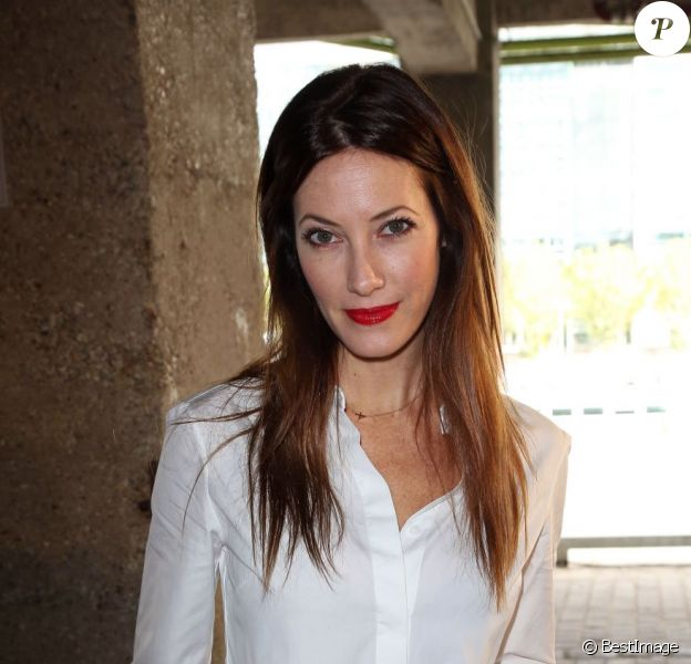 Mareva Galanter assiste au défilé prêt-à-porter d'Alexis Mabille collection printemps-été 2013 aux Docks en Seine. Paris, le 26 septembre 2012.