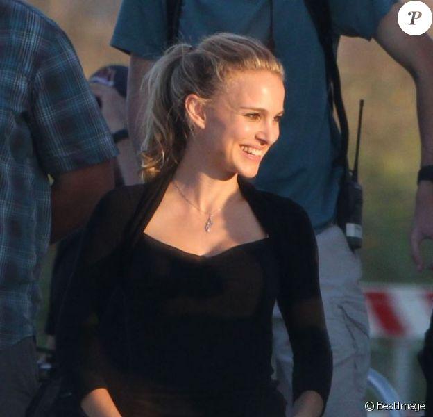 Natalie Portman tourne le nouveau film de Terrence Malick à Austin, Texas, le 3 octobre 2012. Il semble que ce soit le même projet que celui avec Rooney Mara et Ryan Gosling.
