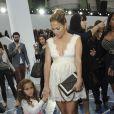 Jennifer Lopez et sa fille à Paris pour le défilé Chanel, le 2 octobre 2012.