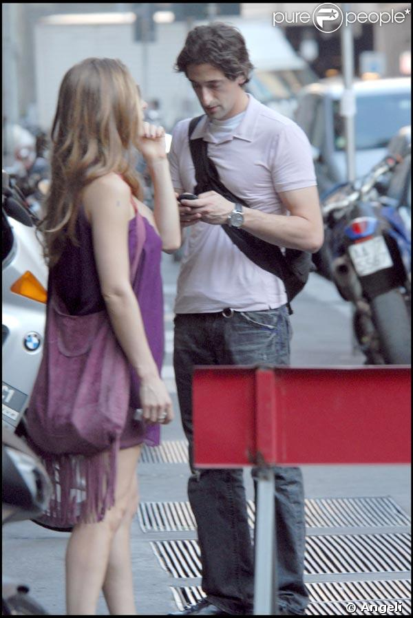 PHOTOS : Elsa Pataky et Adrien Brody à Milan, l'amour ...