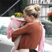 Sienna Miller présente enfin sa jolie petite Marlowe