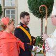 Le prince Guillaume, grand-duc héritier du Luxembourg, et sa mère la grande-duchesse Maria Teresa arrivent à la cathédrale Notre-Dame, le 20 octobre 2012.