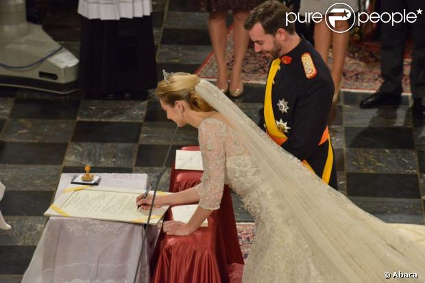 http://static1.purepeople.com/articles/3/10/88/53/@/960482-mariage-religieux-du-prince-guillaume-620x0-1.jpg