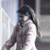 Suri Cruise : Adorable petite gymnaste et élève modèle