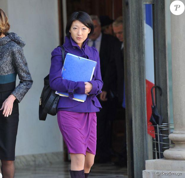 Fleur Pellerin, ministre déléguée aux PME, à l'Innovation et à l'Économie numérique, en violet, à la sortie du conseil des ministres, le 31 octobre 2012.