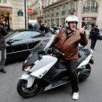 """""""Gérard Depardieu se promène en scooter à Paris le 7 novembre 2012"""""""