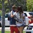 Selena Gomez et Justin Bieber se promène avec un ami en Californie à Encino le 30 juin 2012