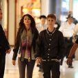 Justin Bieber et Selena Gomez le 1er mars 2011 dans les allées de Los Angeles