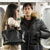 Katie Holmes en charmante compagnie, toujours tentée par le métro