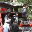 Sandra Bullock et son fils Louis, Camila Alves enceinte et ses enfants Levi et Vida, ont passé la journée au parc d'attractions  Storyland  de la Nouvelle-Orléans, le 14 novembre 2012.